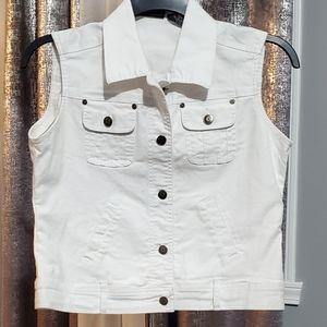 Relativity sleeveless jean jacket size PM